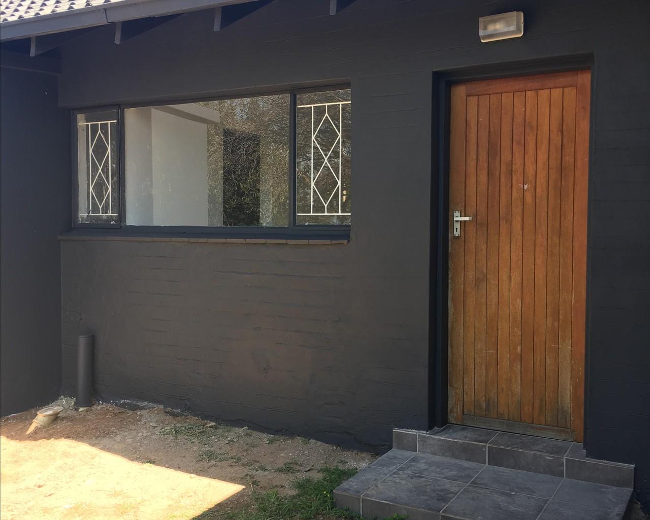 Incredible 1 Bedroom Garden Cottage To Let In Halfway Gardens Download Free Architecture Designs Terstmadebymaigaardcom