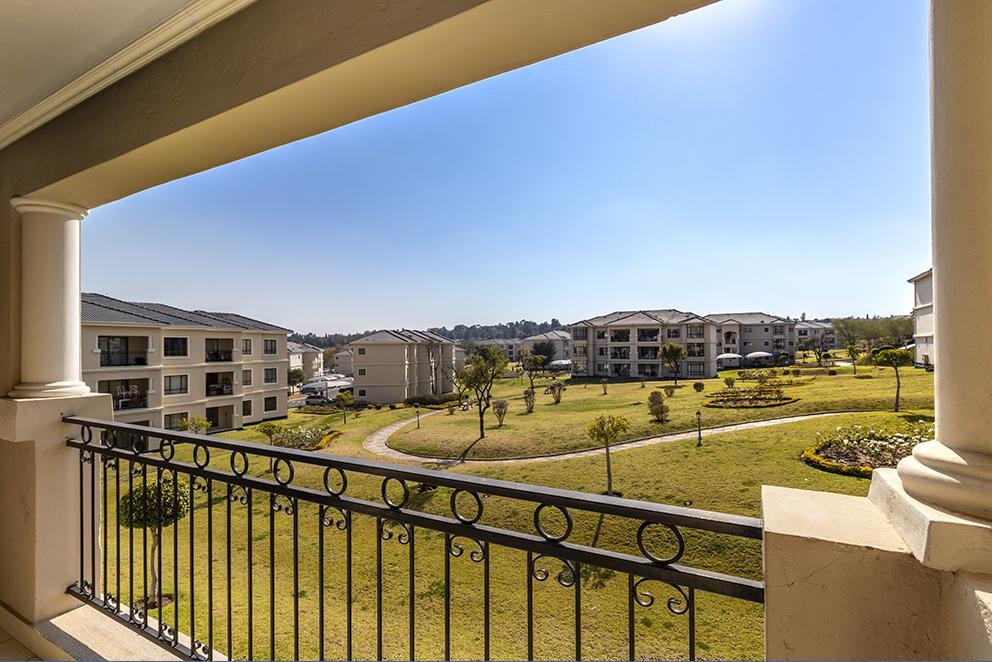 Marvelous 2 Bedroom Apartment For Sale In Carlswald Platinum Residential Home Remodeling Inspirations Genioncuboardxyz